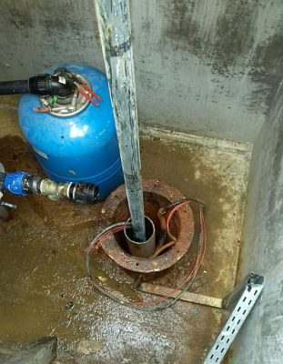 extragere pompa din put forat